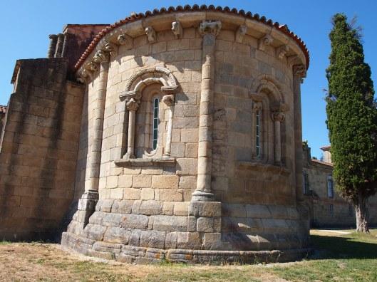 Ábside de la iglesia del Monasterio de Ferreira de Pantón